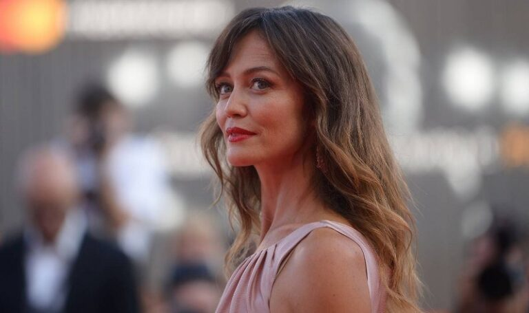 Francesca Cavallin: altezza, età e curiosità sulla nota attrice e conduttrice